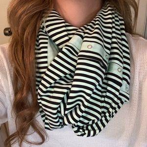 lulu scarf striped